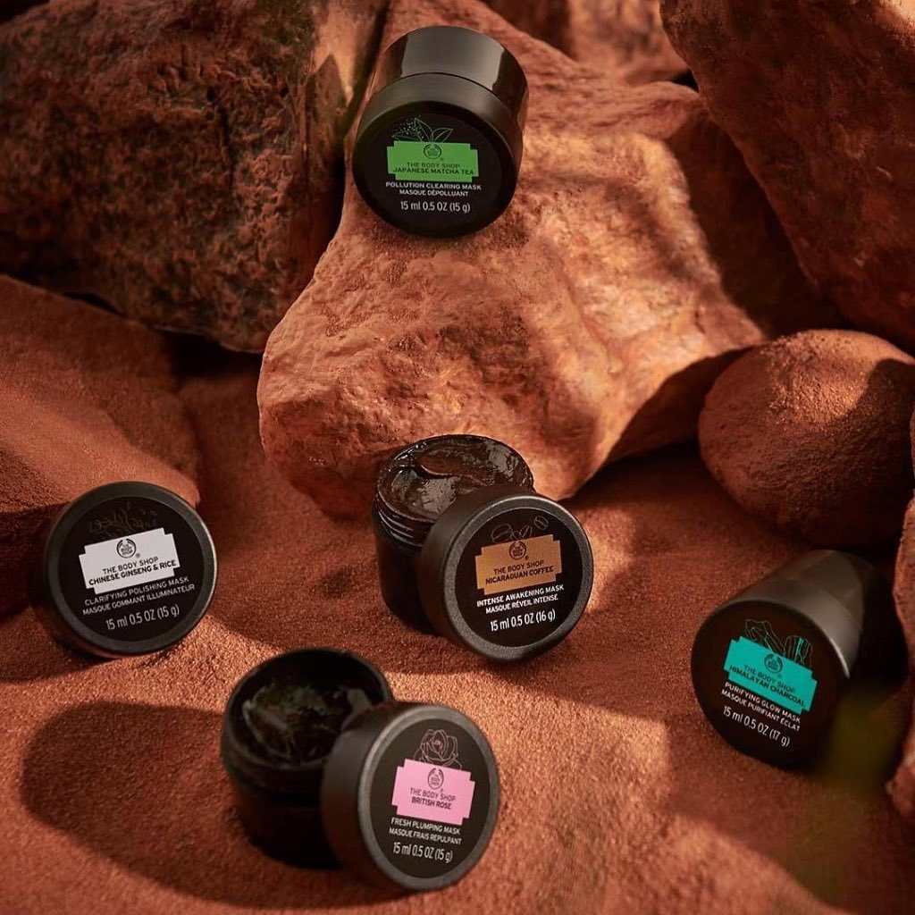 The Body Shop India - #MultiMasking is the perfect way to gear up for the upcoming week. This #SelfcareSunday, reach out for the MINI expert at-home facial masks and let your inner luminosity through....
