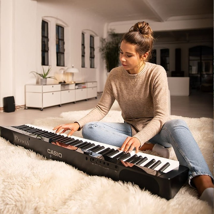 Casio USA - Weighing under 25 pounds with optional battery power, the possibilities of where to play are endless with the Privia PX-S1000. 🎹🎵⁠ •⁠ ⁠ •⁠ ⁠ •⁠ ⁠ •⁠ ⁠ •⁠ ⁠ •⁠ ⁠ •⁠ ⁠ #casiomusic #casiomusi...