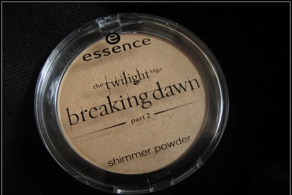 Essence Twilight Breaking Dawn Collection Part 2 Shimmer powder 01 Bella's secret (добавлены свотчи на лице) - отзыв