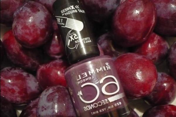 Well, do you like plums? - Yes, sir! The Rimmel 60 Seconds Nail Polish No. 625 Sir, Yes Sir - review