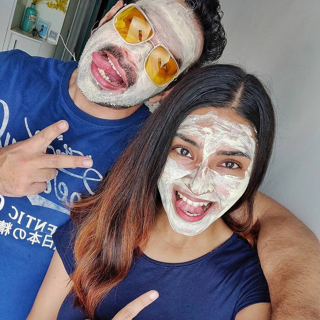 "Mamaearth - #Repost Look who's masked up for #MaskUpSundays The #flyingbeast @taneja.gaurav shows us how Sundays are incomplete without #selfcare!  ""Chill vibes. Doing some chilling and relaxing with..."