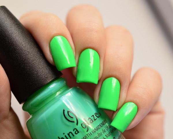 China Glaze Treble Maker - отзыв