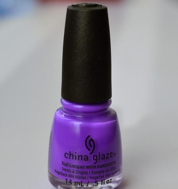 China Glaze Plur-Ple - отзыв